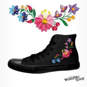 Unisex vászon tornacipő - Kalocsai minta