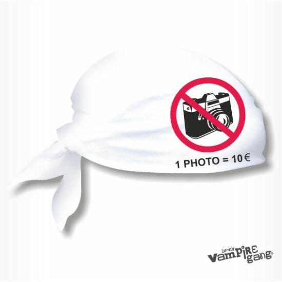 Fejkendő - Ne fotózz!