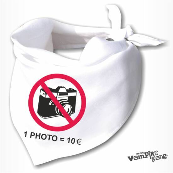 Nyálfogó kendő - Ne fotózz!
